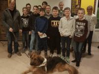 Merselo JO13 steunt KNGF Geleidehonden